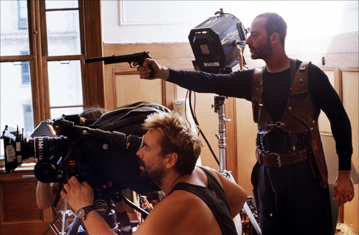 fuckyeahdirectors: Luc Besson and Jean Reno on-set Leon: The Professional (1994)