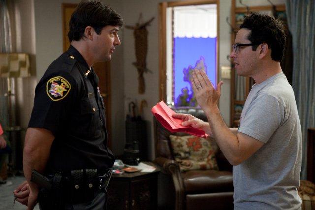 fuckyeahdirectors: J.J. Abrams and Kyle Chandler on-set Super 8 (2011) JJ is a genius
