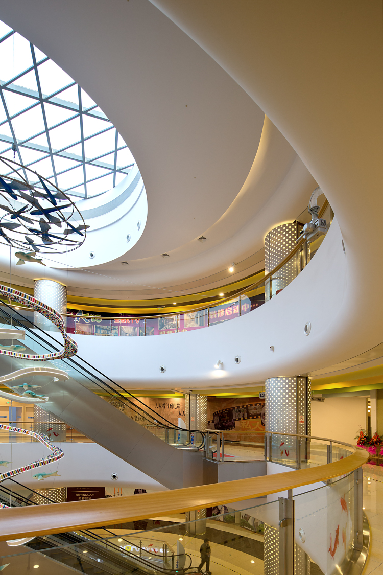 sunart_plaza_interior_4.jpg
