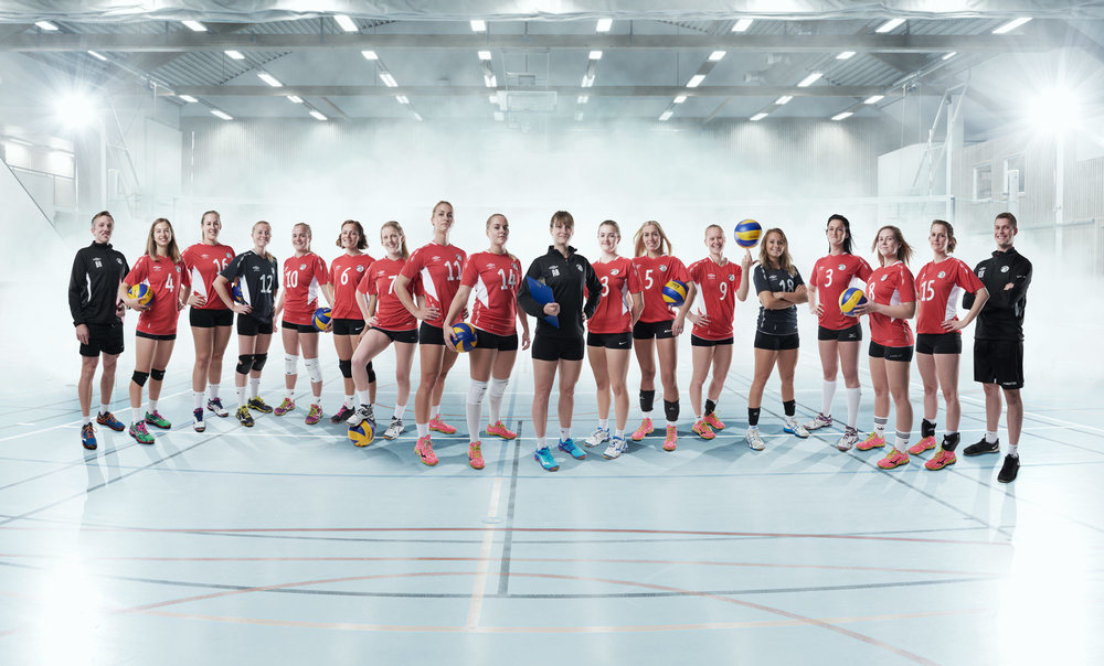 web_OSI_Womens_Volleyball_Team2016_havardschei.jpg