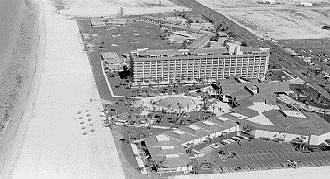 Marco_Beach_Hotel_1971.jpg