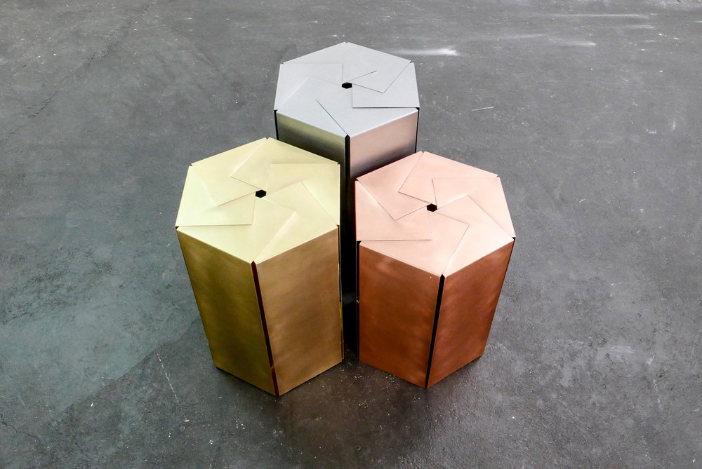 MAMOWORKS. Hexagon Sidetable by Maximilian Moosleitner. Product design. Furniture Design. Salzburg Austria.