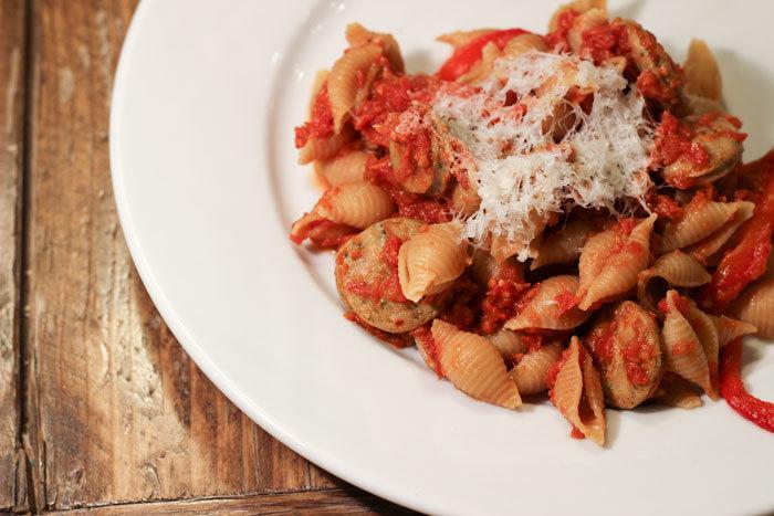 110913-pasta-garden-tomato-web.jpg