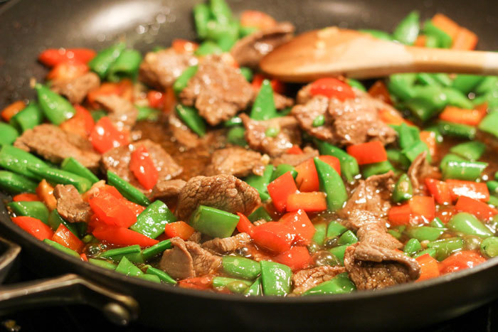 111113-stirfry-cooking-web.jpg