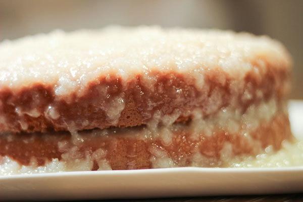 110513_coconut_cake-(2).jpg