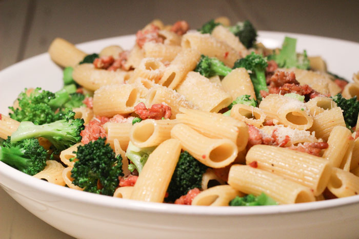 122013-rigatoni-sausage-broccoli.jpg