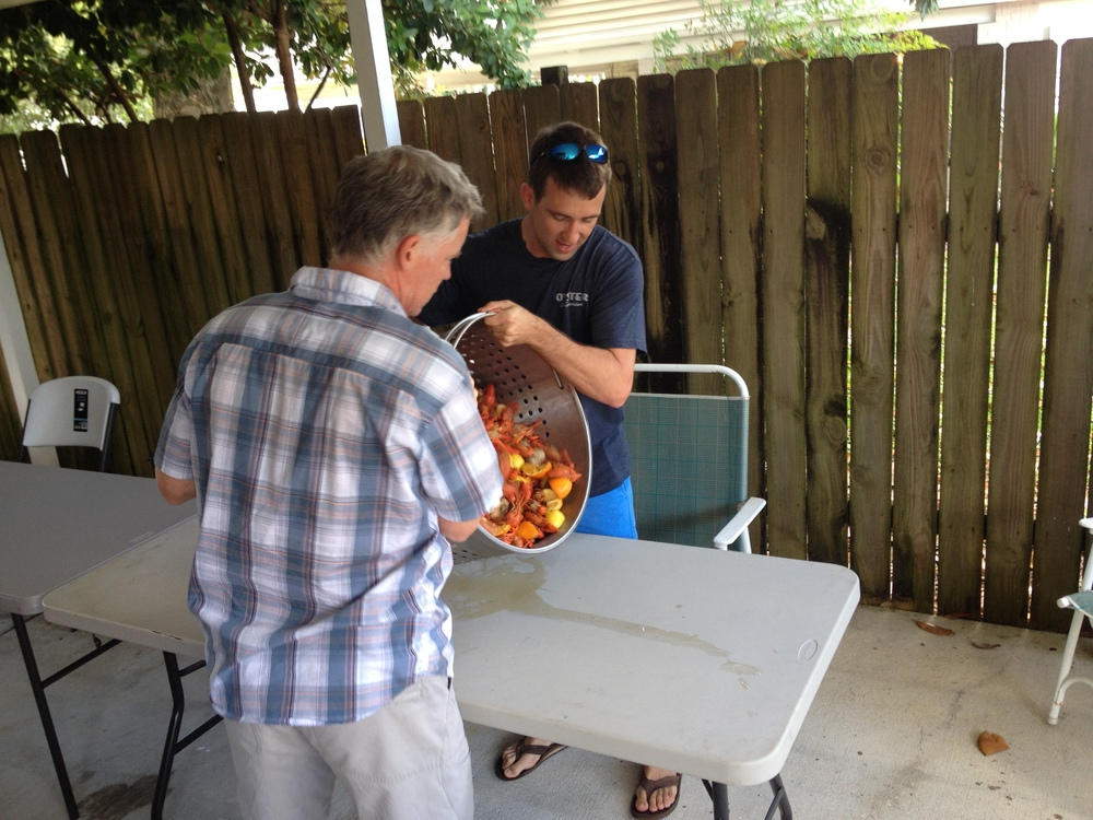 051714 crawfish boil (17).JPG