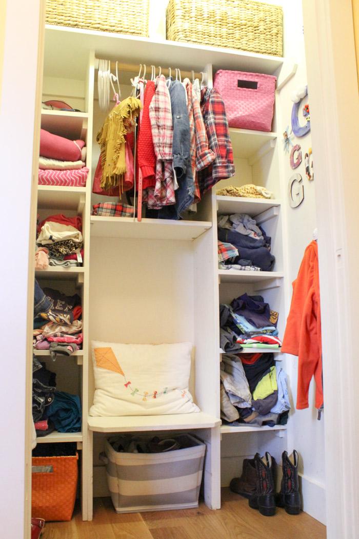 012515-doll-closet-closet.jpg