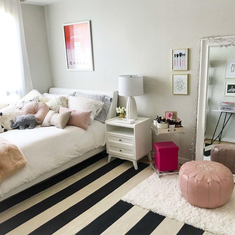 nicky's room.jpg
