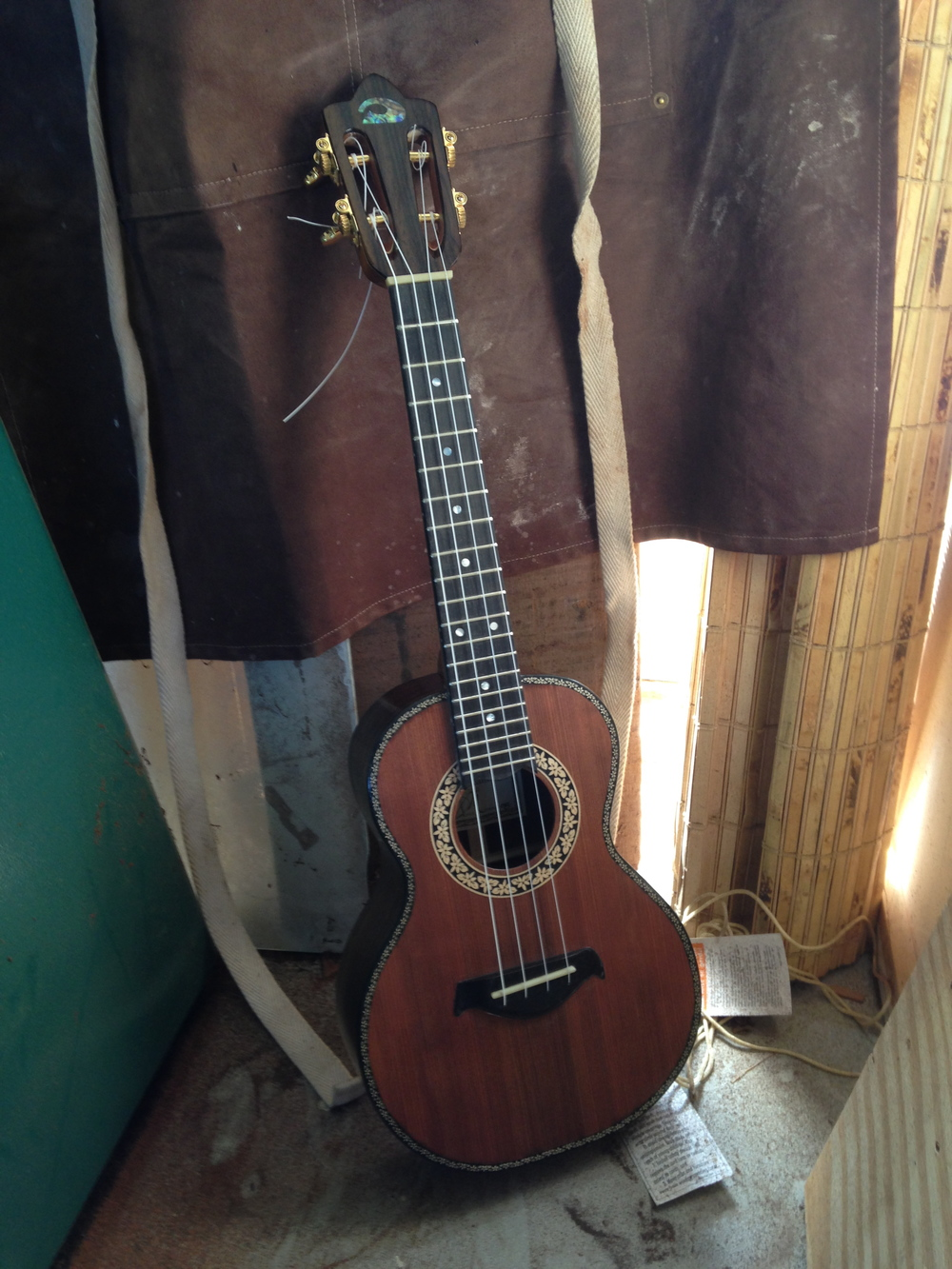 Custom Dey Martin tenor ukulele