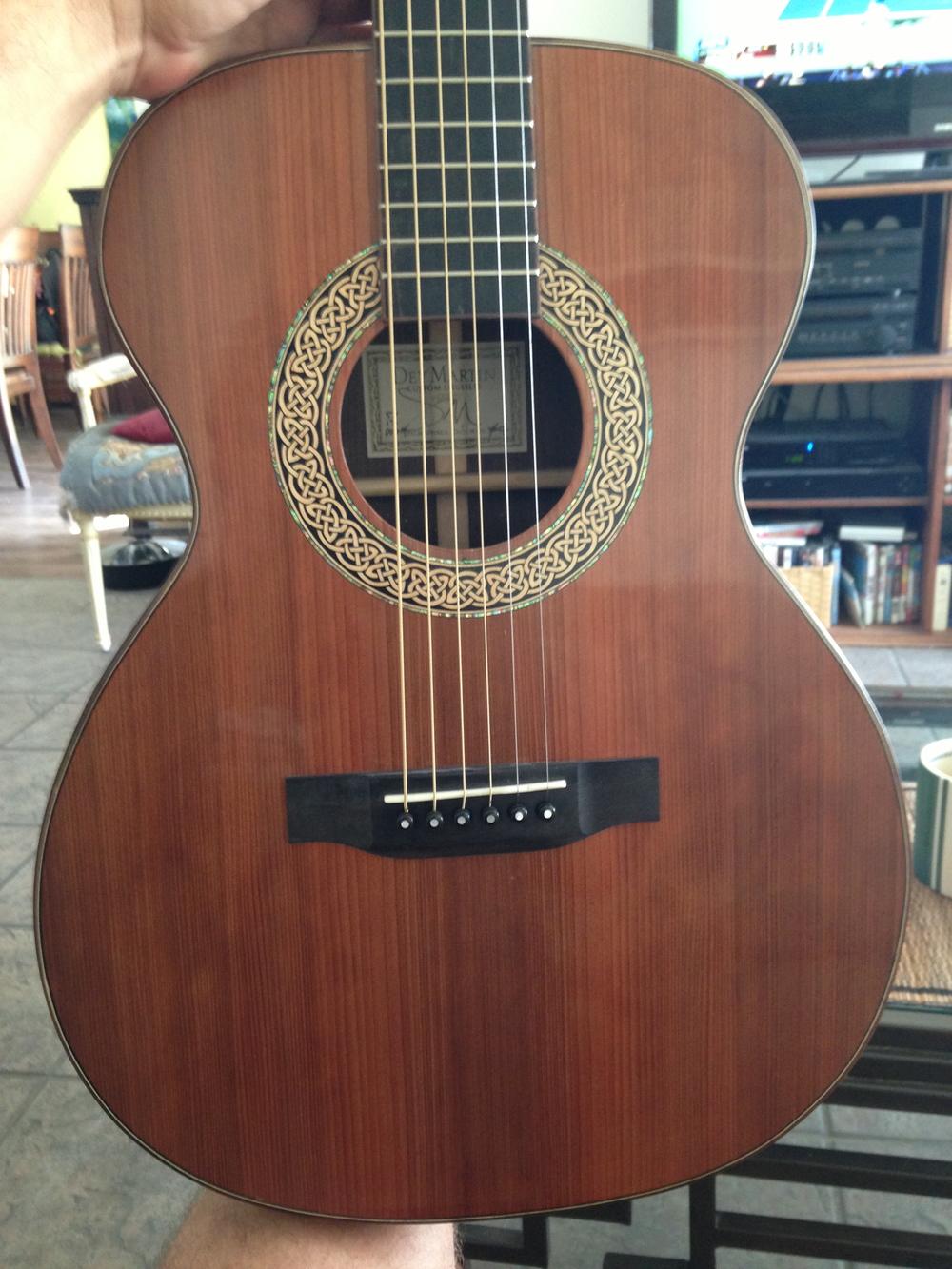 00-DM Guitar