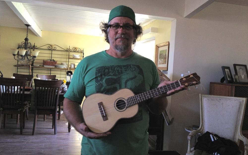 Dey Martin - Luthier