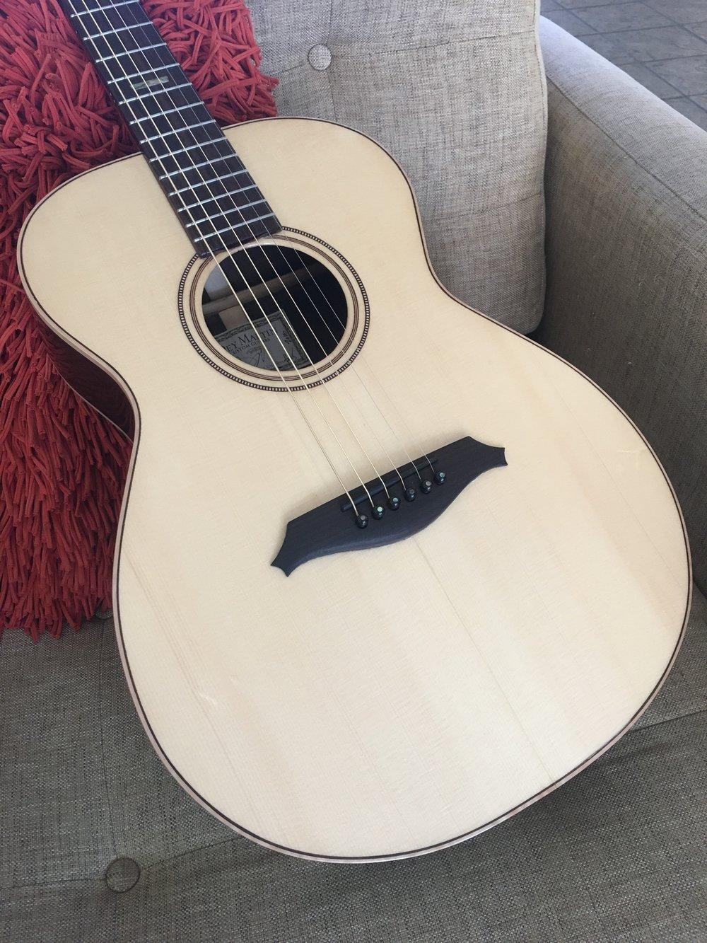 OM-EU: European spruce /  rosewood OM Guitar
