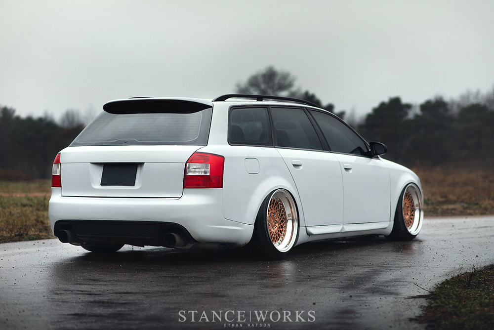 audi-avant-slammed-air-lift-rotiform.jpg