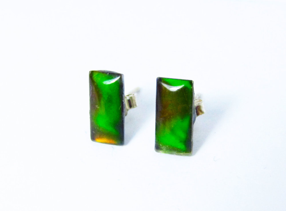 FREE - Type green earrings in the additional info section when you check out with this pendant and we will include them in your package !