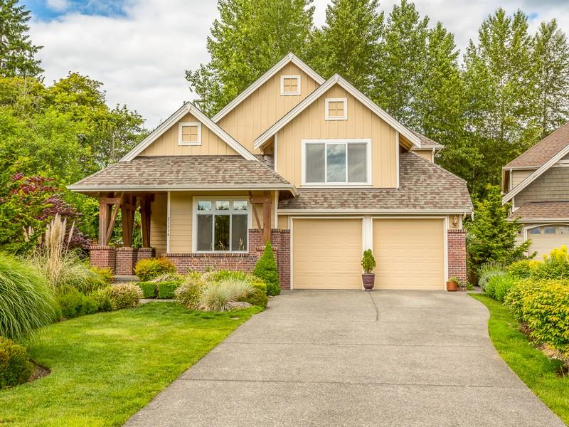 CAPTIVATING CRAFTSMAN I SAMMAMISH