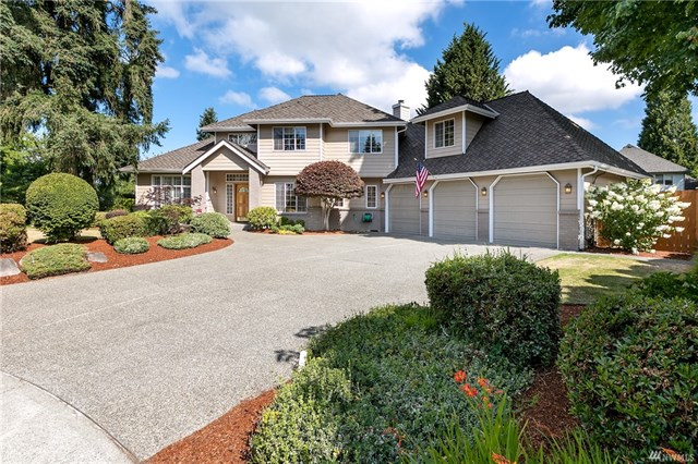 Immaculate Custom Hawkridge Home | SOLD for $629,900