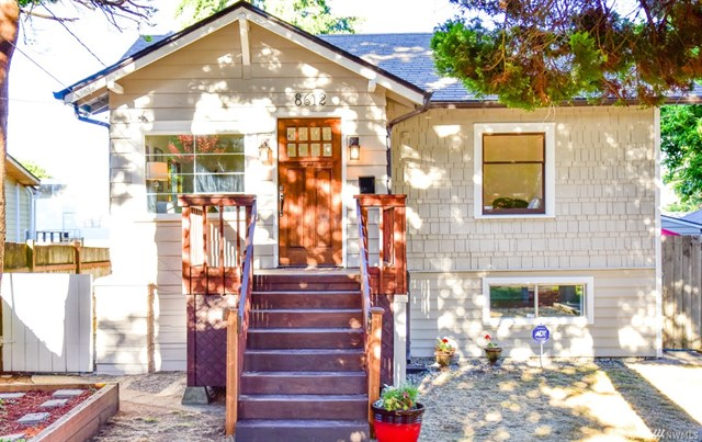 8612 12th Avenue SW, Seattle | SOLD for $620,000