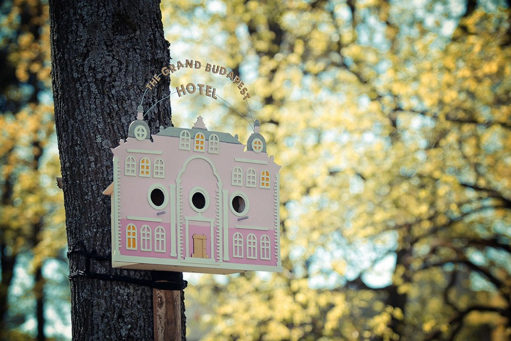 More: http://www.theinspiration.com/2015/01/grand-budapest-birdhouse-clinic-212/
