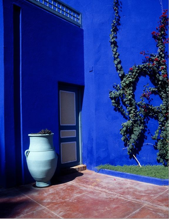 Gary Beeber, Blue Wall, 60x40, CIBACRHOME Color Archival Print.JPG