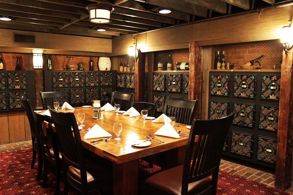 Wine Cellar - Seats 10