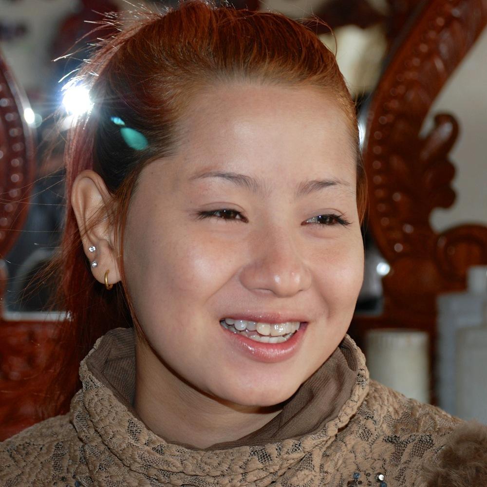 5_Chenda smiling.jpg