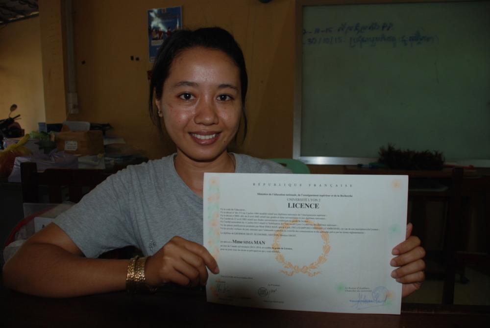 Sima, law student graduate