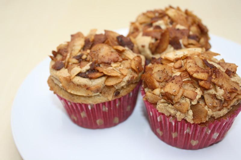 Elvis-cupcakes.JPG