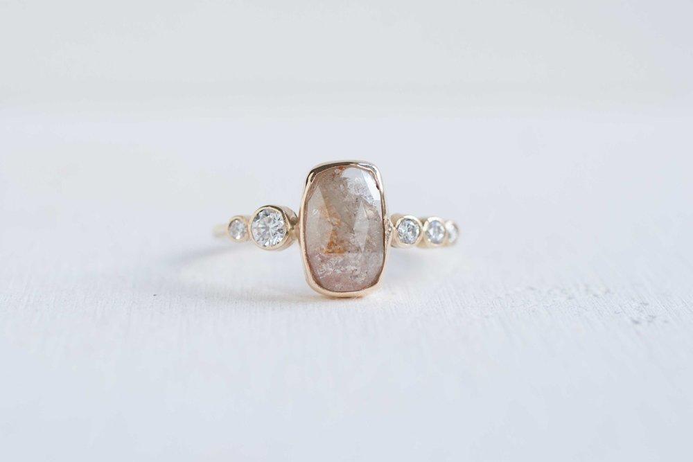 Rectangle Champagne Rose Cut Diamond Diamond Line Ring 14k