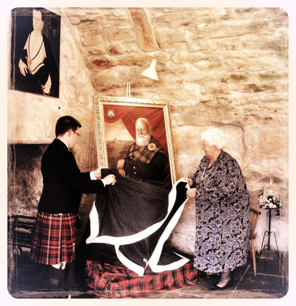 Mrs Margaret Dean, Lord-Lieutenant of Fife, unveils the portrait