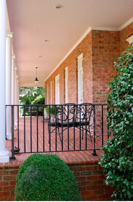 Low Country Wrap-a-Round Porch