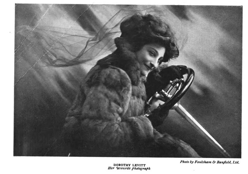 women driving 1909.jpg