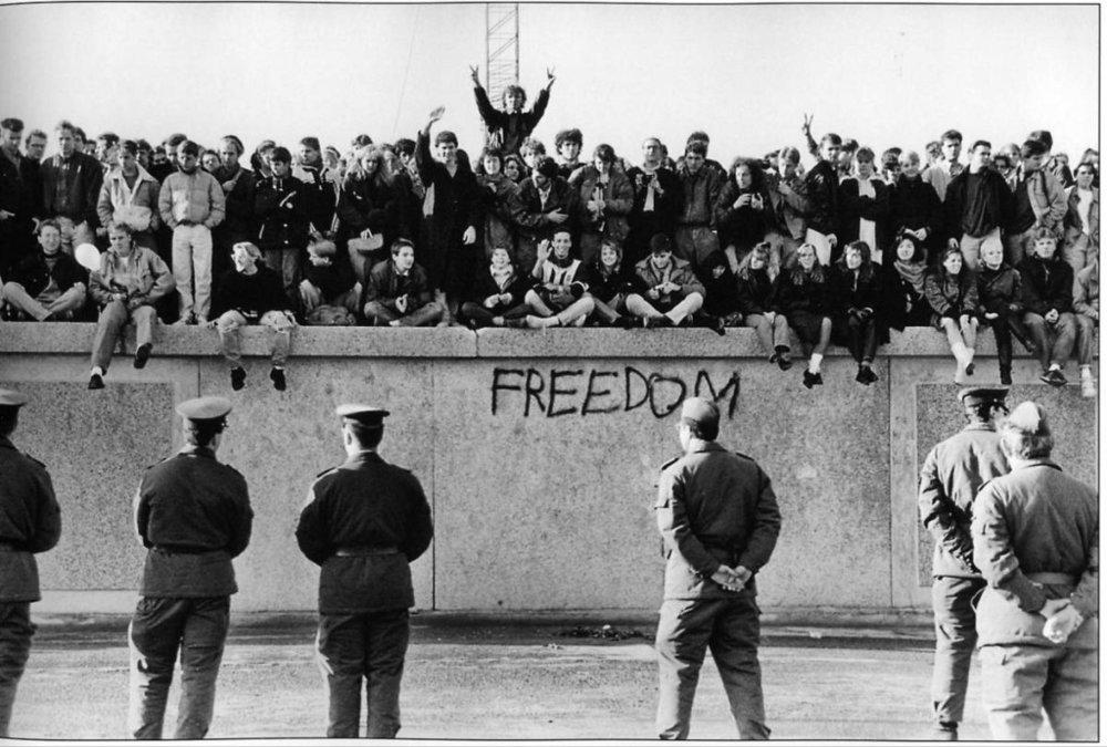 berlin-wall-in-the-1970s-1-1024x691.jpg