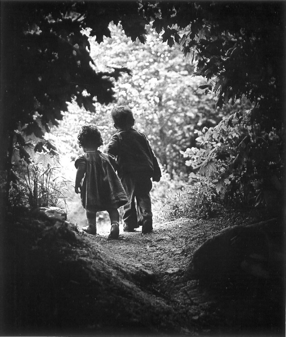 w-eugene-smith-the-walk-to-paradise-garden-1946.jpg