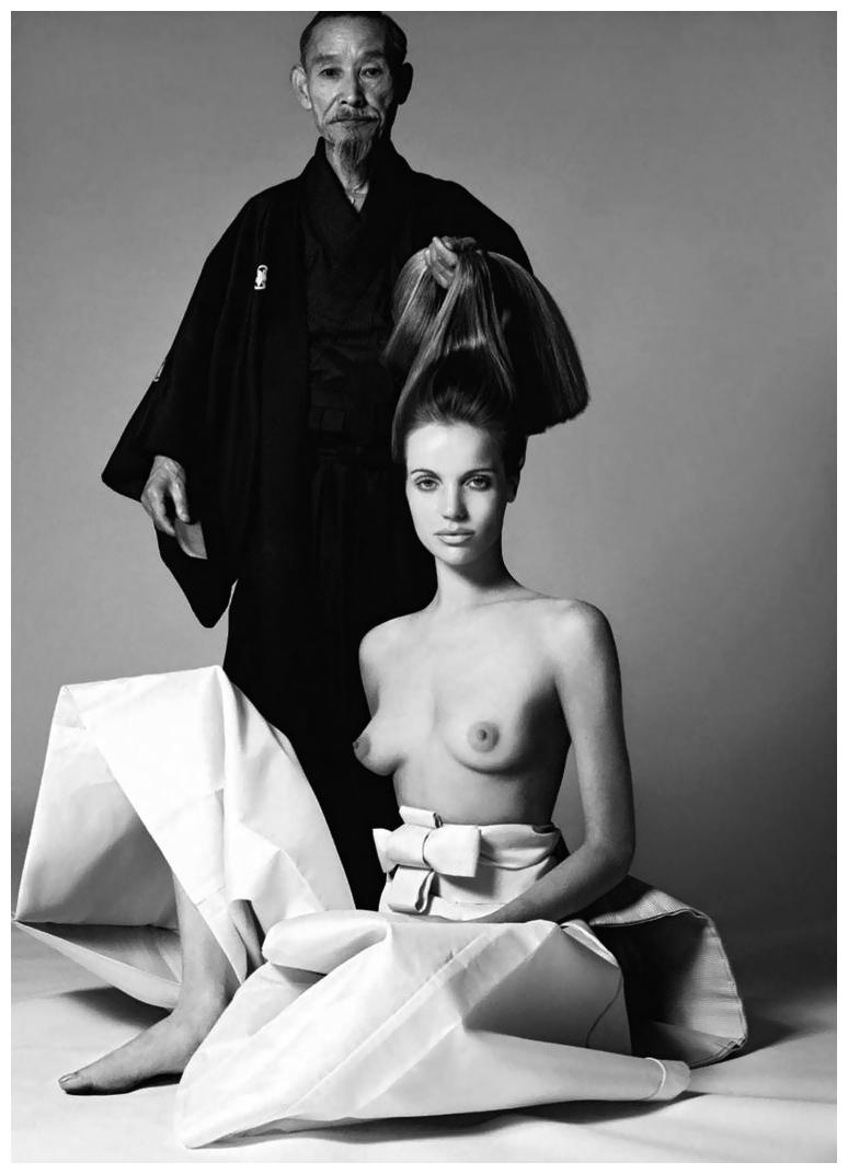 veruschka-for-vogue-us-by-richard-avedon-1966b.jpg