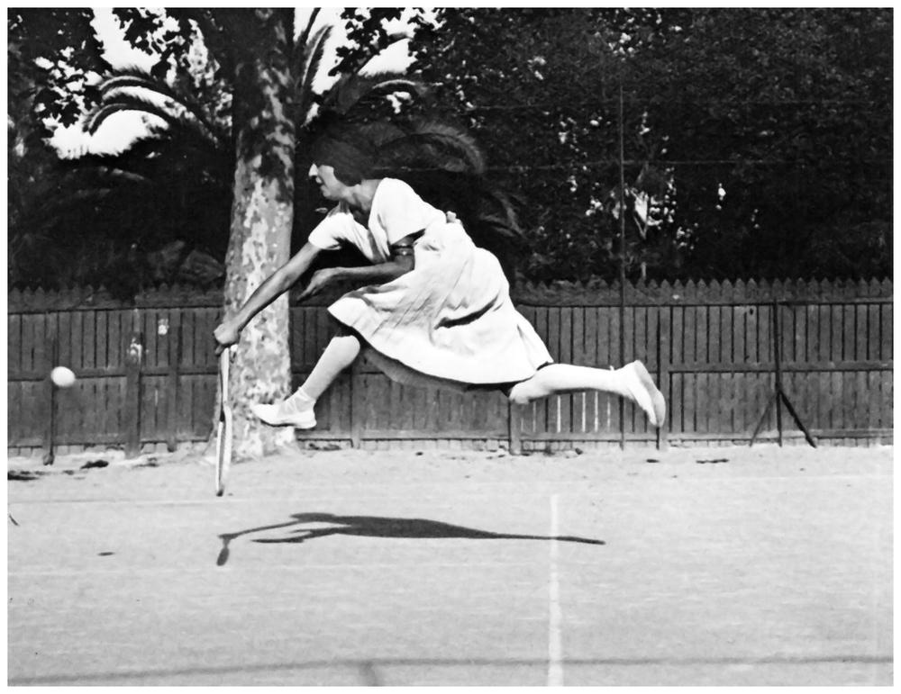 jacques-henri-lartigue-suzane-lengien-niza-1921.jpg