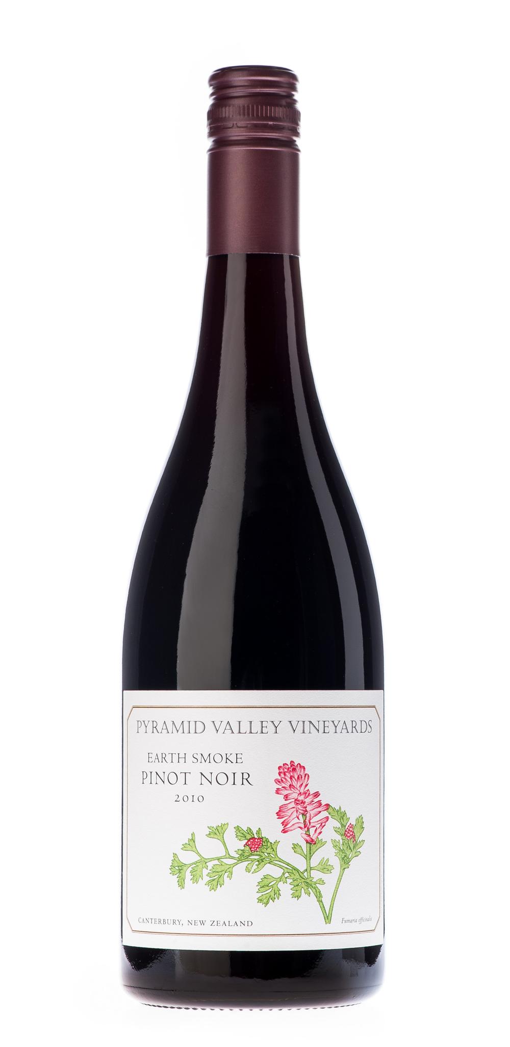 Pyramid Valley Earth Smoke Pinot Noir 2010 WA 91-93
