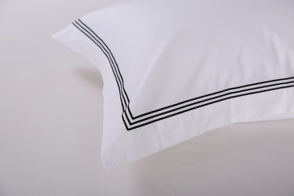 Sleep Naked Black Corded luxury bed set_close up.jpg