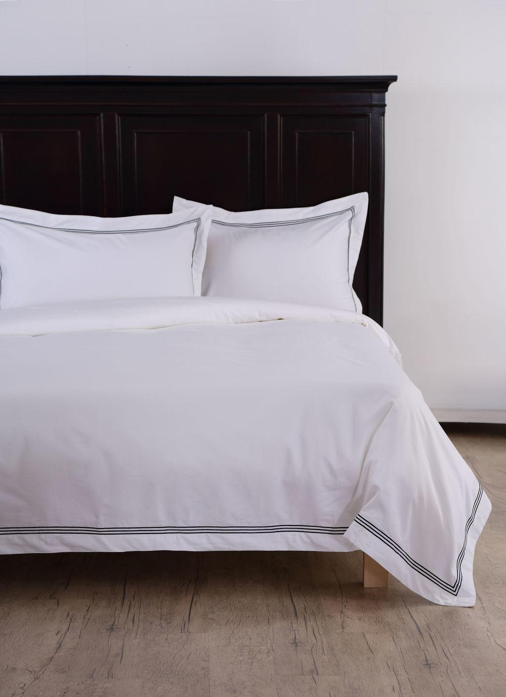 Sleep Naked Black Corded Luxury Bed Linen Set_HK$2145 For King Size