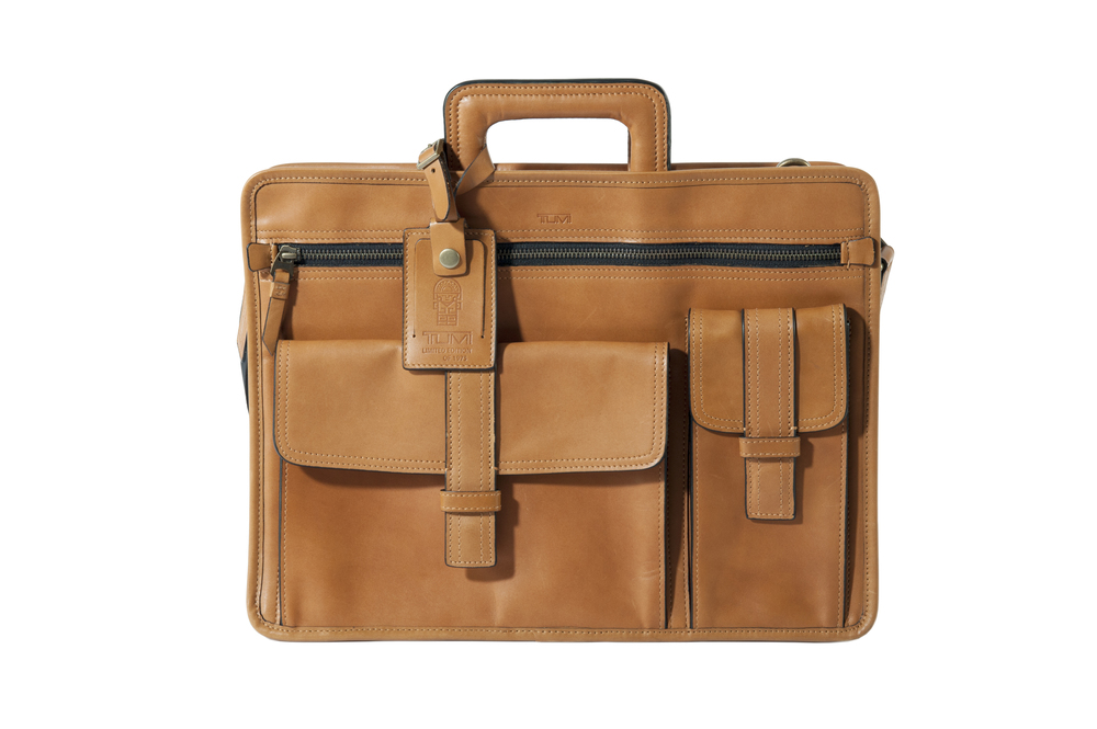 TUMI 1975 Collection Slim Brief (55053) HK$8,590.jpg