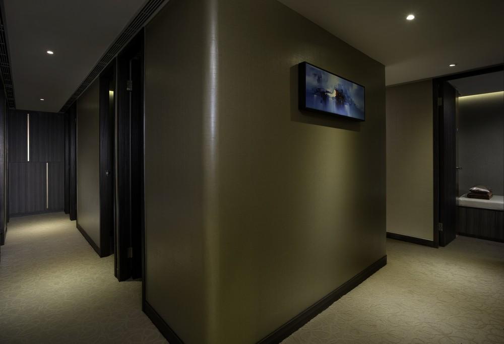 Nap Lounge_Central_Corridor.jpg