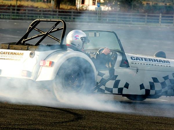 Caterham-Drift-Slalom-and-Car-Control