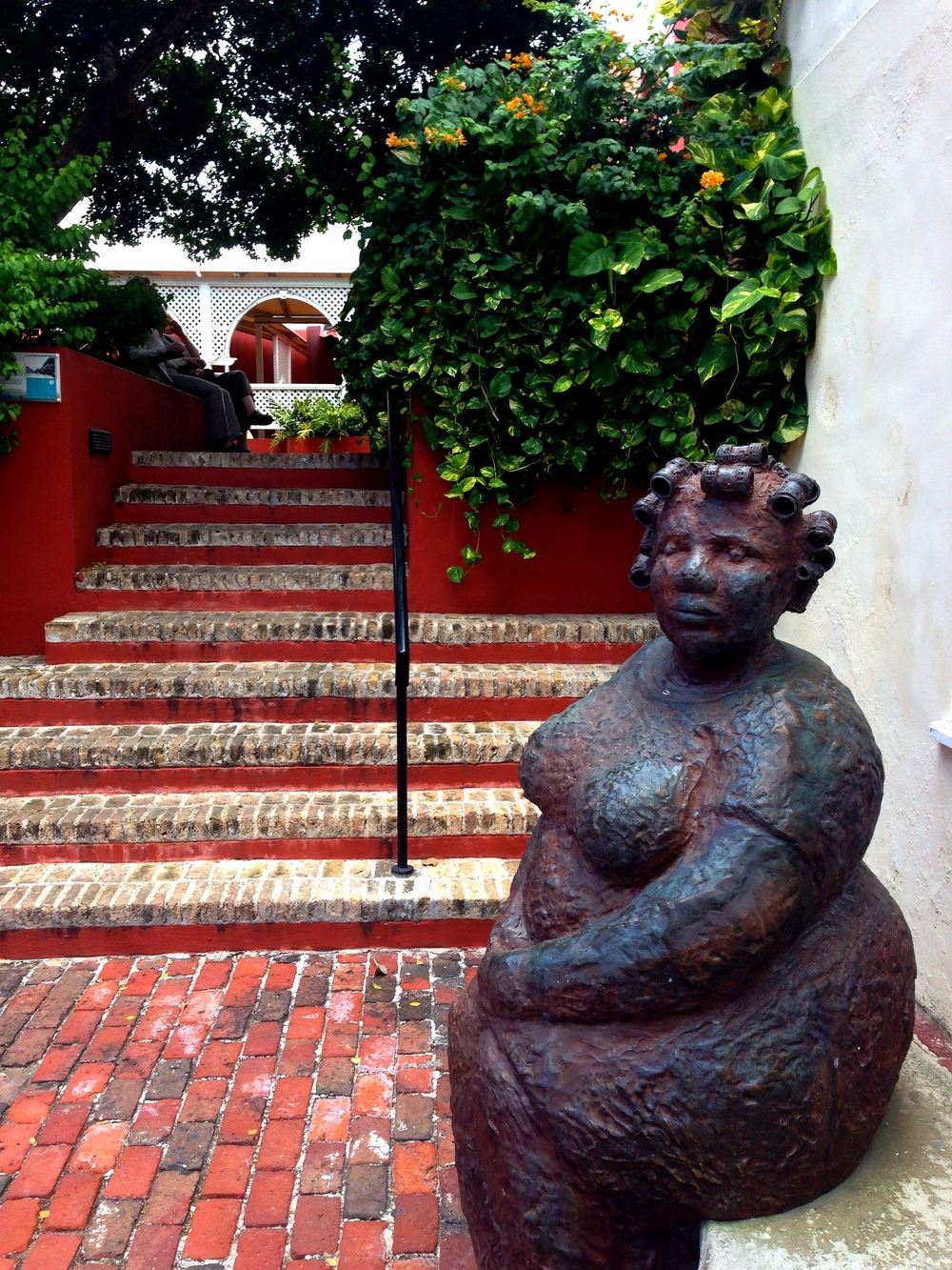 Sculpture by Hortence Brouwn at Kura Hulanda in Curacao