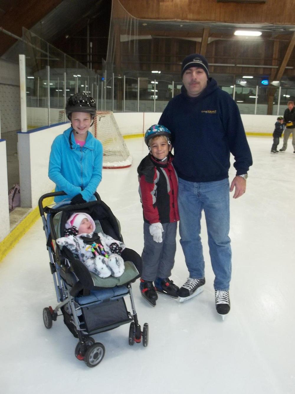 Skating 011.jpg