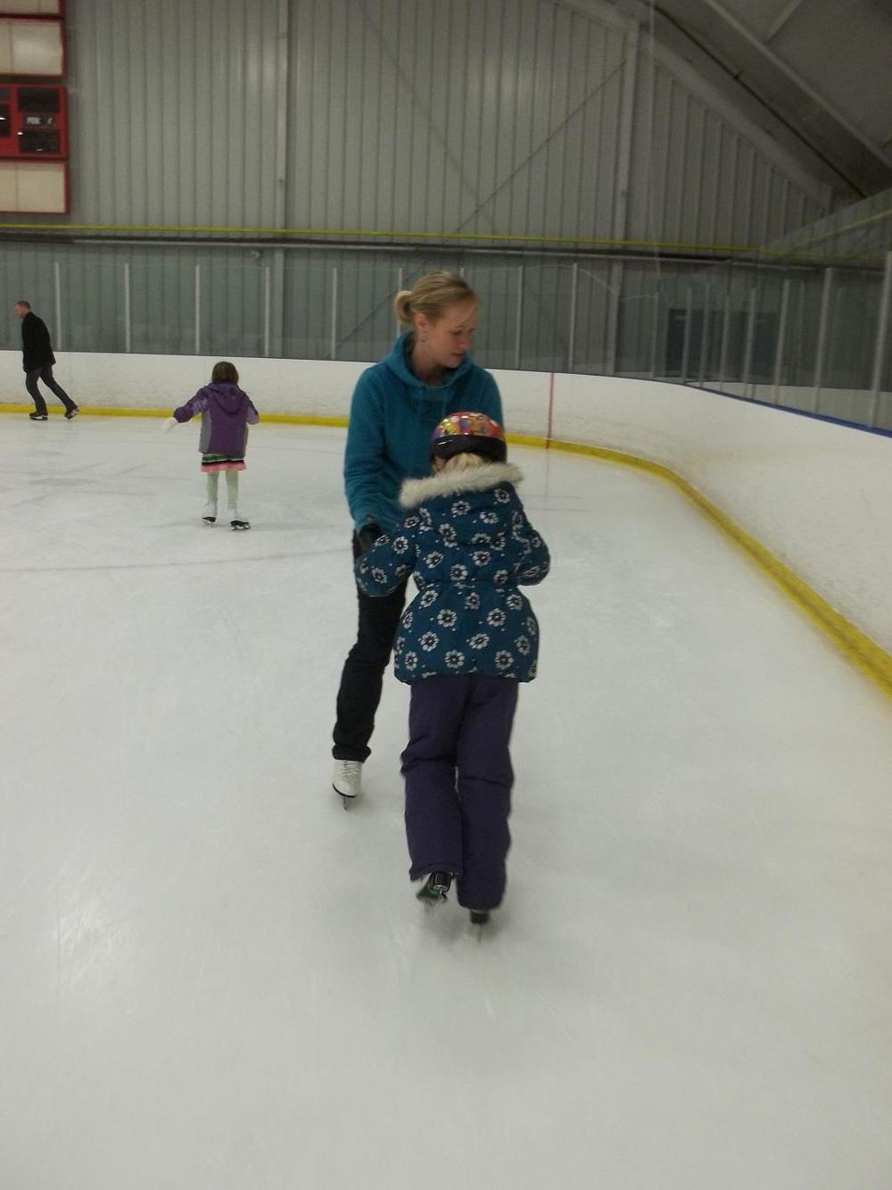 Skating 013.jpg