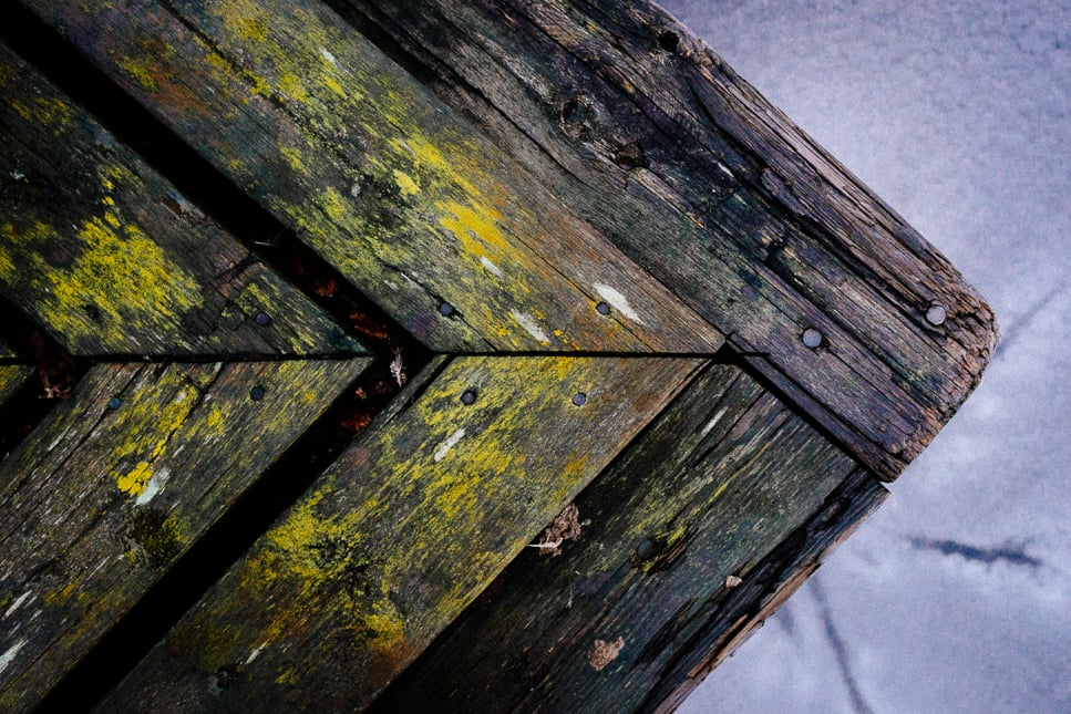 Sony A7 & ZEISS Loxia 2/50 – f/8.0, 1/60sec, ISO2500, raw Photograph by Toni Ahvenainen
