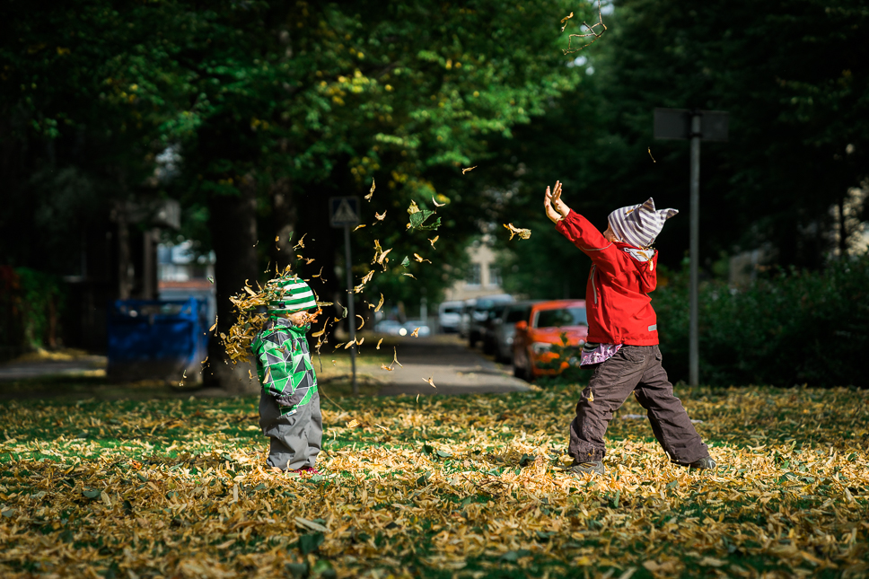 Autumn fun. Sony A7 & ZEISS Batis 1.8/85 – f/2.8, 1/3200sec, ISO500, raw Photograph by Toni Ahvenainen