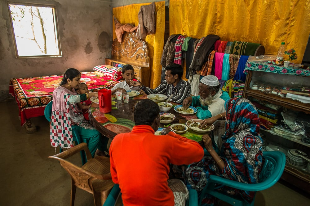 151216-bangladesh-estey-0130-web.jpg