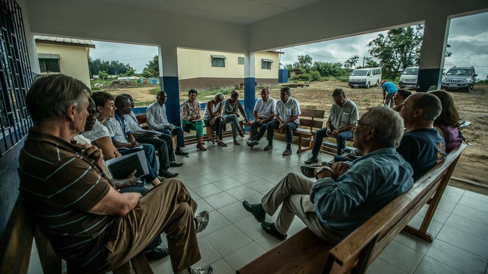 SAN PEDRO, COTE D'IVOIRE – September 7, 2016:  CARE France visite d'etude visite de terrain d'un centre de santé communautaire et rencontre avec une association de femmes pour le planning familial - Médecins du Monde (MDM) (soutenu par l'AFD). Le projet a pour but de donner confiance aux femmes pour qu'elles osent se rendre dans les centres de soins de manière plus systématique. MDM travaille au sein de la communauté pour les sensibiliser et rétablir la confiance entre la population et les structures sanitaires. Enfin, l'association plaide auprès des autorités pour améliorer et soutenir le système de gratuité des soins pour les femmes et les jeunes enfants. Photo by Morgana Wingard