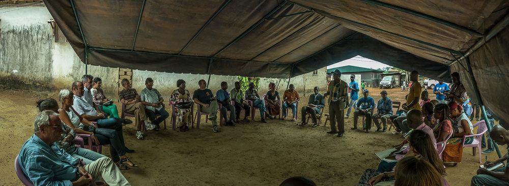 SAN PEDRO, COTE D'IVOIRE – September 7, 2016: CARE France visite d'etude visite de terrain d'un projet de visite à domicile des agents de santé pour sensibiliser les femmes à la santé maternelle, infantile et reproductive – CARE et APROSAM.  Photo by Morgana Wingard